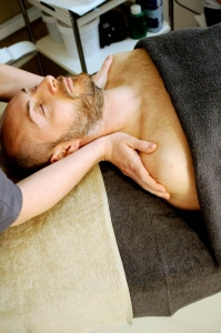 remedial massage Aspendale Gardens